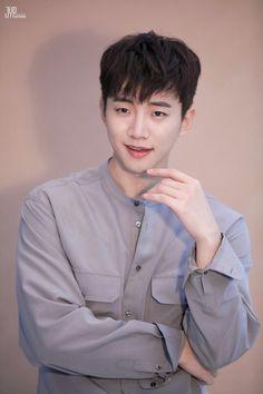 [Naver Post] 180509 SBS 'Wok of Love' Teaser & Poster Shooting (Junho)