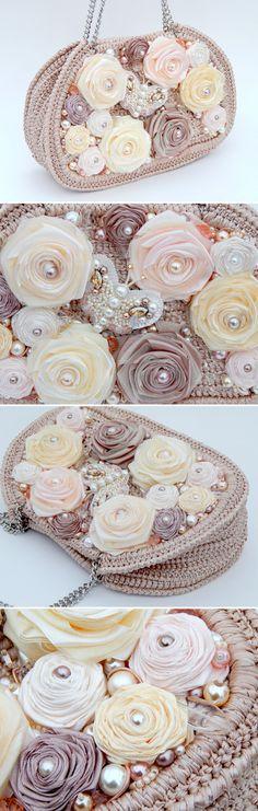 "Handbag with Satin Roses and Beaded Butterfly Brooch | Сумка ""Воздушный зефир"" с брошью-бабочкой — работа дня на Ярмарке Мастеров"