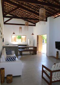 Um terreno de 15mil m² à beira mar, na praia da Laje em Alagoas, é o cenário do projeto de duas charmosas casas, assinado pelas arquitetas Maira Del Nero e Symonne Da Fonte. As Casotas da Laje, com… #cocinasrusticasmodernas