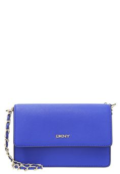 DKNY BRYANT PARK  Torba na ramię electric blue torebki kopertówki torby