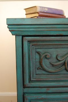 Side table in Florence chalk paint with clear and dark wax. www.facebook.com/atlantashabbychic