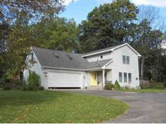 10368 Fishers Run  $195  House Size:2,200 Sq Ft  Lot Size:1.02 Acres  Amy's neighborhood