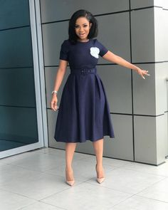 I love this outfit from and my Vera Bob Unit from Happy Friday ❤️❤️ Source by szuszana attire Classy Work Outfits, Classy Dress, Stylish Outfits, Cool Outfits, Corporate Fashion, Corporate Attire, Business Casual Attire, African Fashion Dresses, African Dress