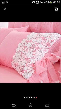 This Pin was discovered by Duy Cushions On Sofa, Diy Pillows, Decorative Pillows, Draps Design, Baby Girl Clipart, Sewing Crafts, Sewing Projects, Bed Cover Design, Designer Bed Sheets