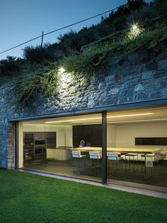 Casa MT is a modern renovation project centered around the extension of an existing detached house by architect Rocco Borromini, located in Traona, Italy. Dream Home Design, House Design, Eco Buildings, Underground Homes, Earth Homes, Earthship, House Extensions, Roof Design, Tropical Houses