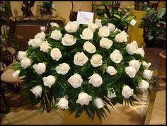 Resultado de imagen para arreglos flores iglesia
