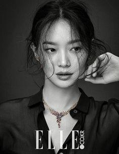 "Shin Min Ah shines with ""Love & Animal"" jewelry collection for Elle Korea Beauty Shoot, Hair Beauty, Korean Beauty, Asian Beauty, Korean Girl, Asian Girl, Korean Fashion Trends, Korean Celebrities, Celebrity Look"