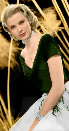 Grace Kelly, 'Rear Window'. I didn't realise this dress was dark green. Love!