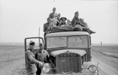 Romanian soldiers and Praga RV truck, 1942 Rv Truck, Troops, Soldiers, Russian Revolution, Axis Powers, Armed Forces, World War Two, Ww2, Antique Cars