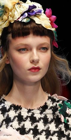 love the flower hat and the makeup