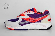 1995 Vintage Saucony Aya sneakers / Unisex trainers   For sale at HTVshop
