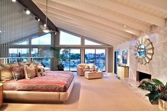 Afbeeldingsresultaat voor huge bedroom