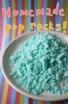 Homemade Pop Rocks Just Might Blow Your Mind! If you really want to knock people's socks off, all you have to do is make homemade Pop Rocks. It's easy to do, and requires no fancy equipment. On Craftsy! Rock Recipes, Recipes With Jello, Cake Recipes, Fudge Recipes, Pop Rocks, Homemade Candies, Homeade Candy, Homemade Candy Recipes, Homemade Rock Candy