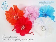 #attimisolidali - Scegli le #bomboniere di #LegadelCane per i tuoi momenti più belli. I sacchettini con ciondolo.
