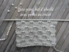 Tuto honeycomb stitch with pearls very easy is realized on a name … Tunisian Crochet Patterns, Poncho Knitting Patterns, Knitting Videos, Knitted Poncho, Lace Knitting, Knitting Stitches, Knitting Designs, Knitting Socks, Knit Crochet