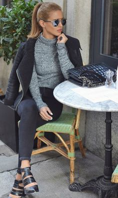 Knitted roll neck jumpers are the way to go this fall. Via Nada Adelle. Roll Neck Jumper/Jeans: Topshop.