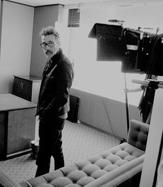 Jeffrey Dean Morgan behind the scenes for The Good Wife [x]