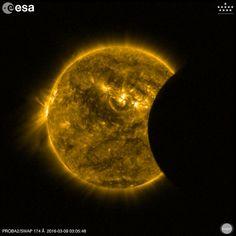 Début d'éclipse du Soleil par la Lune