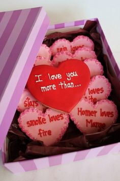 I love you more than. so sweet - 36 Romantic Valentine DIY .- I love you more than. so sweet – 36 Romantic Valentine DIY and Crafts Ideas I love you more than. so sweet – 36 Romantic Valentine DIY and Crafts Ideas - day crafts for girlfriend Valentines Day Food, Valentine Cookies, Be My Valentine, Valentine Day Gifts, Birthday Cookies, Cake Birthday, Valentines Surprise, Easter Cookies, Funny Valentine
