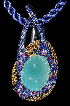 Mousson Atelier, collection New Age - Bouchée, Yellow gold 750, Aquamarine 23,63 ct., Sapphires, Pink sapphires, Rubies