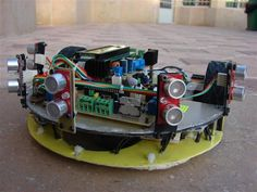 MICROCONTROLLER MICROPROCESSOR  PC Based Wireless Mobile Robot.