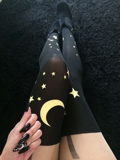 Nu-Goth Fashion Tip Stiletto nails with Galaxy Sailor Moon Tights Pastel Goth Fashion, Dark Fashion, Gothic Fashion, Fashion Mode, Fashion Outfits, Fashion Tips, Style Fashion, Grunge Outfits, Fashion Trends