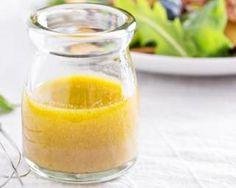 Vinaigrette à la moutarde et au citron : http://www.fourchette-et-bikini.fr/recettes/recettes-minceur/vinaigrette-a-la-moutarde-et-au-citron.html