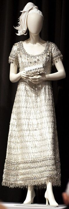 The Christian Dior gown and matching handbag --liz taylor