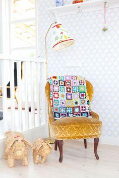 Granny square blanket inspiration @ Hilda's hem