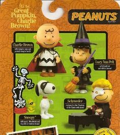 2009  Halloween Peanuts figures (except charlie brown. already have him)