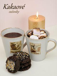 Horká čokoláda s - nad sviečkou opečenými masrshmallows