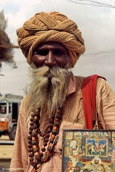 ginogi:  INDIA 1983