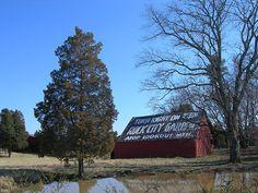 Hwy 64 Rock City Barn, located on US 411 heading south of Etowah, TN,  by jimmywayne, via Flickr