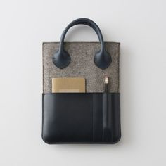 I want to take this Leather Felt Tablet Case from Schoolhouse Electric Supply Co. to my next biz meeting. So sophisticated! Leather Gifts, Leather Craft, Leather Bags, Leather Accessories, Fashion Accessories, Women Accessories, My Bags, Purses And Bags, Sacs Tote Bags