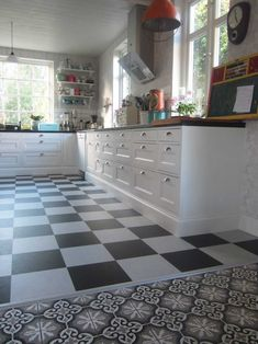 golvsocklar kök - Sök på Google Tile Floor, Kitchen Cabinets, Flooring, House, Rum, Google, Home Decor, Kitchens, Summer