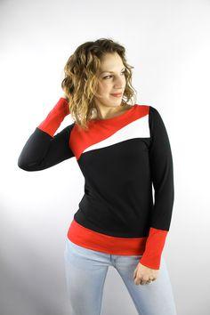 Longsleeves - Longsleeve Baumwolle schwarz rot weiß - ein Designerstück von JAQUEEN-handmade-streetwear-berlin bei DaWanda
