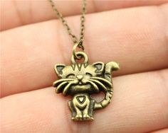 Cheap pendant bell, Buy Quality pendant cord necklace directly from China necklace keychain Suppliers: WYSIWYG simple vintage antique bronze color smile cat pendant necklace
