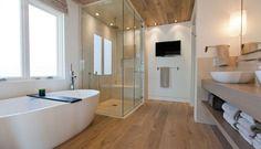 Stylish Modern Bathroom Design (9)