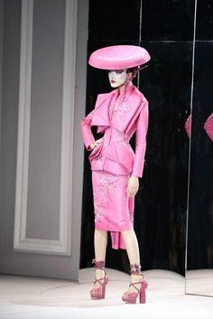 Christian Dior at Couture Spring 2007 - Runway Photos