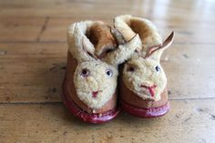 A pair of vintage bunny rabbit baby slippers, given as a gift to a baby girl born in 1933. They've been carefully tucked away since she was a little girl. From tippleandsnack, based in the US and selling on Etsy