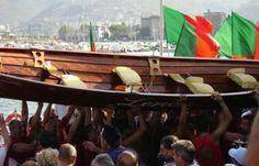 Palio del Golfo 2012 alla Spezia: i vincitori e le foto.  Vittoria di Lerici, la seconda dopo il 1986. Bis dei lericini nella categoria femminile. Marola si conferma prima nella gara juniores