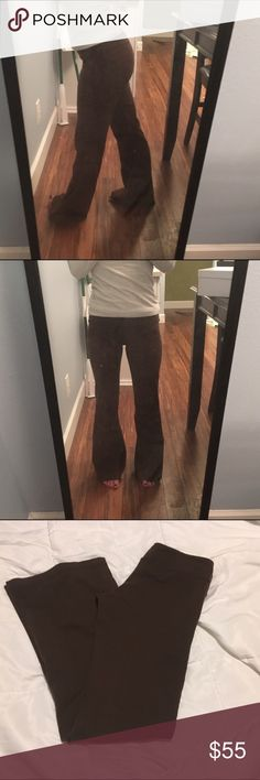 """lululemon brown flare yoga pant Brown flare yoga pant by lululemon. I cut off the tag, so I'm not sure what size it is, but I'm a 2 and they fit (they're even a little loose). I'm also 5'2""""-5'3"""" and they're a tiny bit long on me, as pictured. lululemon athletica Pants"""