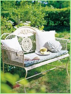 Garden Furniture Shabby Chic i already own one of these courtesy of my grandma --cast iron