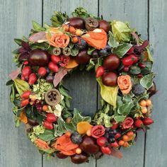 Související obrázek Floral Wreath, Wreaths, Home Decor, Floral Crown, Decoration Home, Door Wreaths, Room Decor, Deco Mesh Wreaths, Home Interior Design