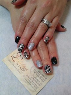 Dashing Diva and CND Shellac-Nails by Jolela
