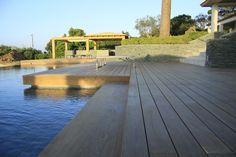 Terrasse en bois ipé. Fixations visseries invisibles HAPAX