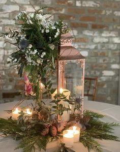 Lantern Centerpiece Wedding, Wedding Lanterns, Table Decorations, Home Decor, Lantern Wedding Centerpieces, Homemade Home Decor, Decoration Home, Dinner Table Decorations, Interior Decorating