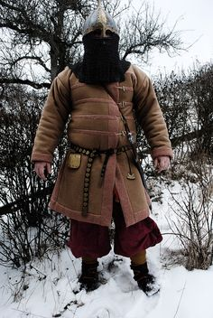 "viking handcraft: Alternative zum Gambeson: Der ""Kampfkaftan"""