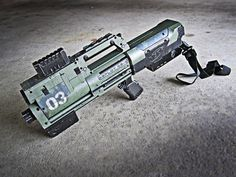 6 nerf deploy pulse rifle mod by meandmunch Fifteen Custom Built Recycled Nerf Guns Nerf Longshot, Nerf Mod, Punisher, Arma Nerf, Modified Nerf Guns, Sci Fi Weapons, Cosplay Weapons, Firearms, Shotguns