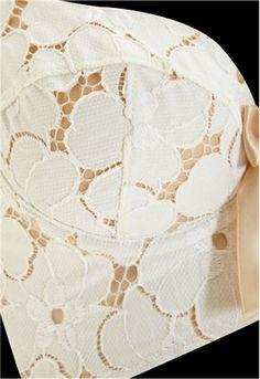 Lucy Lace Bra Ivory #Lascivious #underwear #lingerie #bridal #mariage #blanc #blog #bloglingerie #lebloglingerie